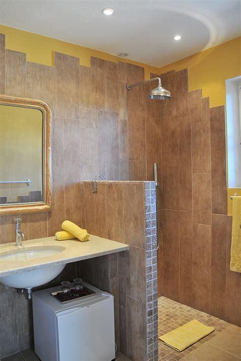 chambre d hote grimaud var bastide de l 39 avelan location studio et chambres d 39 hôtes