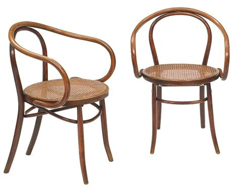 le corbusier arm chairs and dining chairs on