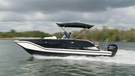 bayliner 190 deck boat top speed the bayliner element xr7 reached a top speed of 38 4 mph
