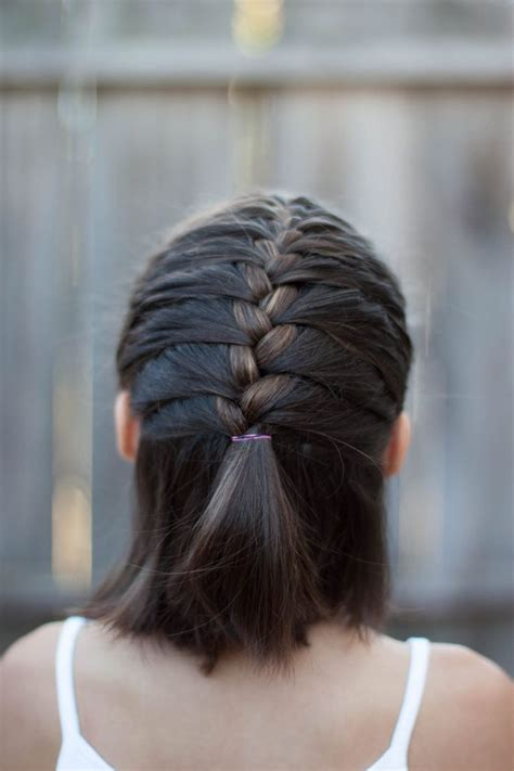 25 Best Ideas About French Braid Short Hair On Pinterest