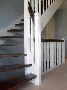 Offene Holztreppe Renovieren : offene holztreppe 1 4 gewendelt treppe pinterest holztreppe treppe und flure ~ Fotosdekora.club Haus und Dekorationen
