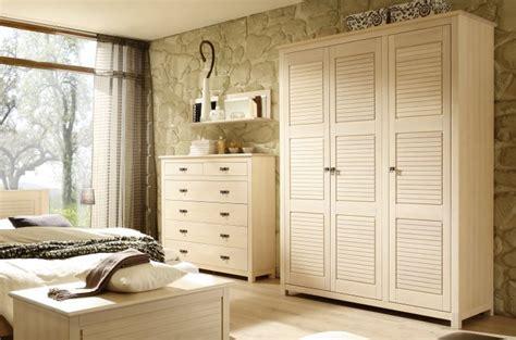 Vente D'armoires Pour Chambre à Coucher En Bois De Qualité