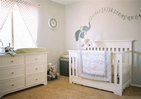 tips om je babykamer veiliger te maken minimenl