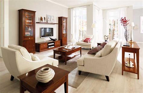 Couchtisch Nussbaum Antik Im Landhausstil Wohnzimmer Ideen