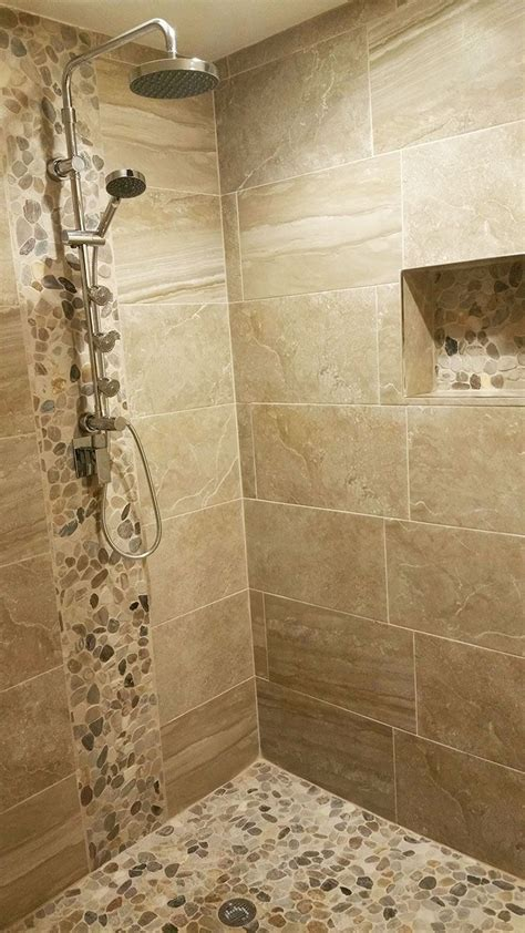 Badezimmer Dusche Ideen by Pebble Sliced Mixed Tile In 2019 Bathroom Remodel
