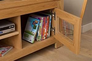 Meuble Tv En Chene : meuble tv bas moderne en ch ne clair boston hellin ~ Teatrodelosmanantiales.com Idées de Décoration