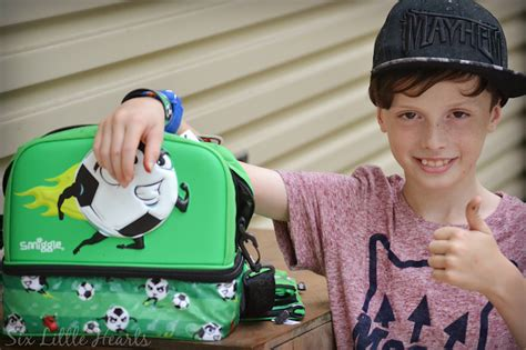 smiggle city hardtop lunchbox six hearts smiggle review a back to school