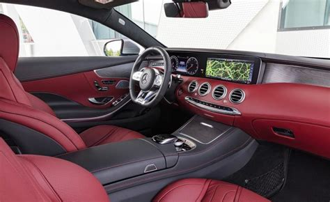 mercedes   class coupe cabriolet heavy refreshes
