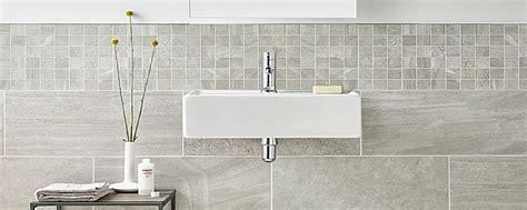 pose carrelage mural cuisine salle de bain carrelages salle de bain moderne design