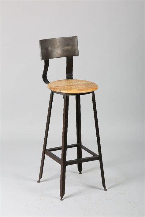 chaise de bar industriel 1000 idées sur le thème tabouret de bar industriel sur