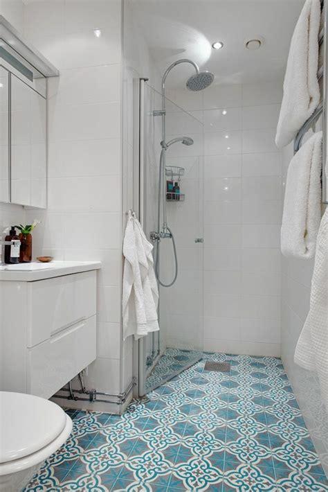 Bodenfliesen Bad by Badezimmergestaltung Mit Fliesen Interessante Beispiele