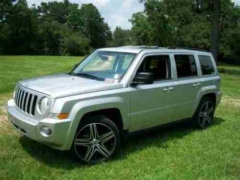 silver jeep patriot purchase used 2010 jeep patriot sport utility 2 4l fwd