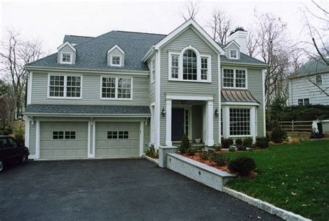 How To Update Paint Exterior Of Split Level Home