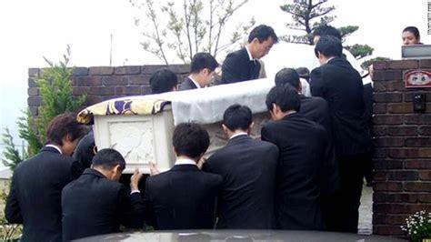 yakuza  japans murky criminal underworld cnn