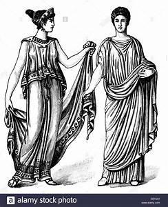 fashion ancient world Greek women's clothing circa 450 BC ...