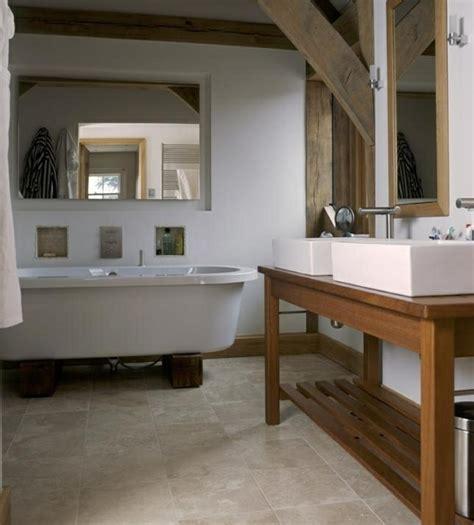 Badezimmer Holz Waschtisch by Waschtisch Aus Holz Und Andere Rustikale Badezimmer Ideen