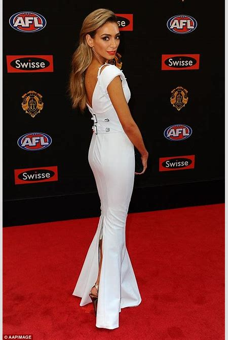 Nadia Bartel and Emma Clapham wow on the Brownlow Medals red carpet | Daily Mail Online