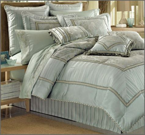 luxury bedspreads comforters bedding luxury bedding nfl bedding college room