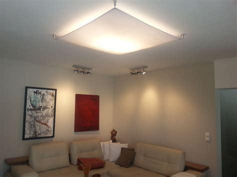 lampensegel fuer indirekte wohnzimmerbeleuchtung lampen
