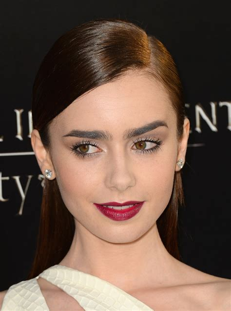 lily collins     lily collins
