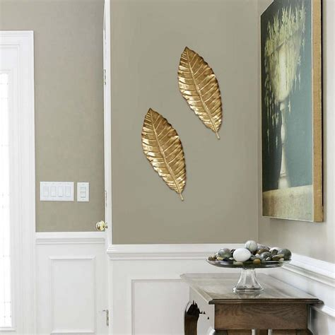 Stratton Home Decor Elegant Metal Leaf Wall Decor SHD0112