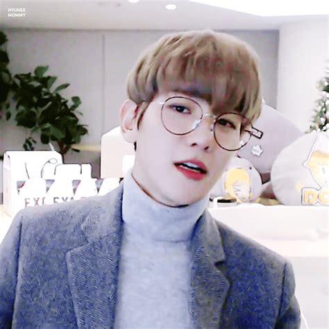 ♡Baekhyun with glasses♡ K Pop Amino