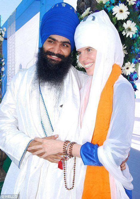 As a member of the sikh religion, makkar believes honoring god includes never shearing any hair on his body. FATEH !!: What is the purpose of turban? Why do Sikhs wear ...