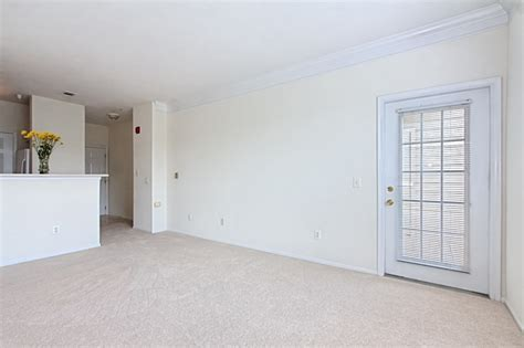 gates of mclean condo for sale to tysons corner