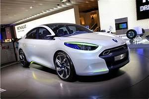 Fluence Renault : renault fluence ze review carsguide com au electric cars and hybrid vehicle green energy ~ Gottalentnigeria.com Avis de Voitures