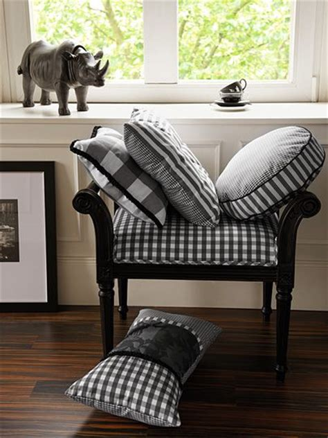 what to do with small bedrooms black and white pillows benches and rhinos on pinterest 20976 | 5c21af20976c977c6b7ec2926e20defe