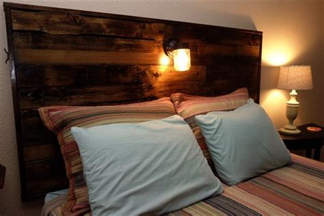 diy pallet headboard  lights pallet furniture plans