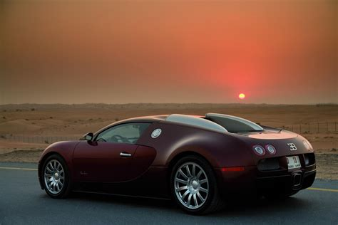 For example the engines tend to be lighter and cheaper than their diesel counterparts. 2006 Bugatti Veyron 16.4 Gallery 287558 | Top Speed