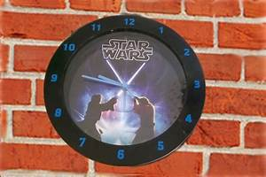 Star Wars Wanduhr : star wars wanduhr gebraucht ~ Frokenaadalensverden.com Haus und Dekorationen
