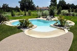 Tropica une piscine qui seduit petits et grands for Piscine forme libre avec plage 3 plage immergee et piscine diffazur piscines