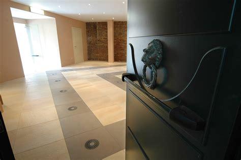 si鑒e social schneider electric hotel cipriani pavimento sopraelevato uniflair schneider electric