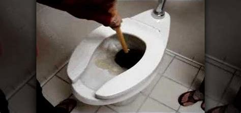 How to Unclog a toilet « Plumbing & Electric :: WonderHowTo