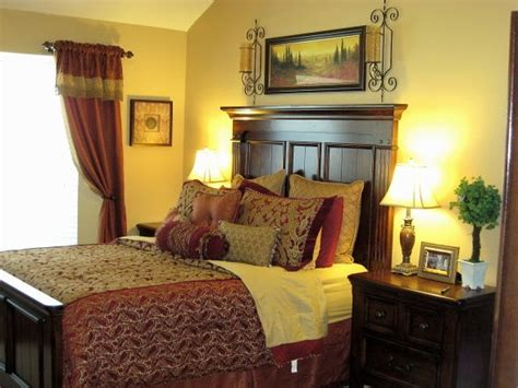 purple and gold bedroom red and gold bedroom again master bedroom pinterest 16815 | ffc0aa5534d9eff7c5808d5110c4faf2