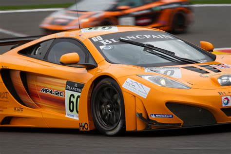 Mclaren Mp4-12c Gt3 Races In Spa-francorchamps