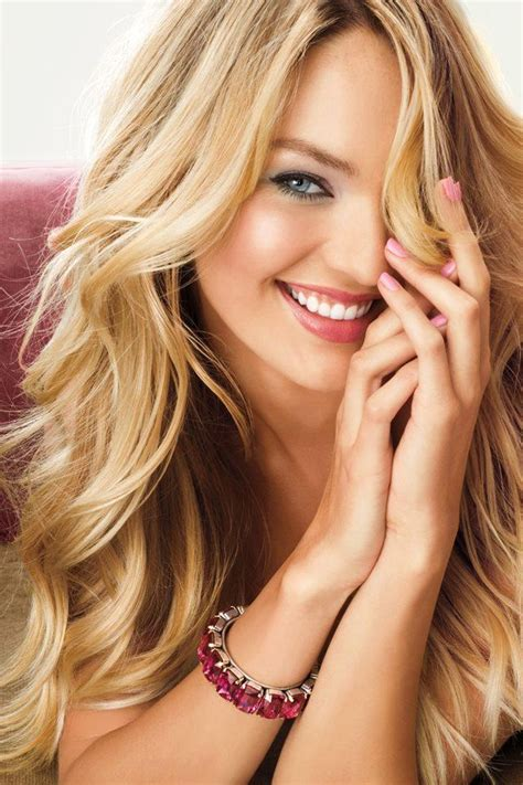 charming blonde hairstyles   pretty designs