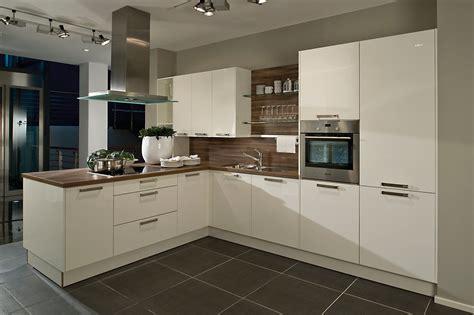 cuisine intemporelle cuisine essentielle sur mesure meubles de cuisines