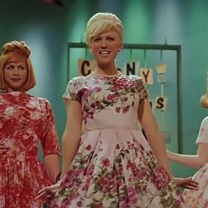 amber-von-tussle-pink-floral-dress.jpg 640×640 pixels ...
