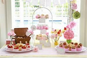 Theme Anniversaire Fille : anniversaire petite fille th me fleurs mon b b ch ri ~ Melissatoandfro.com Idées de Décoration