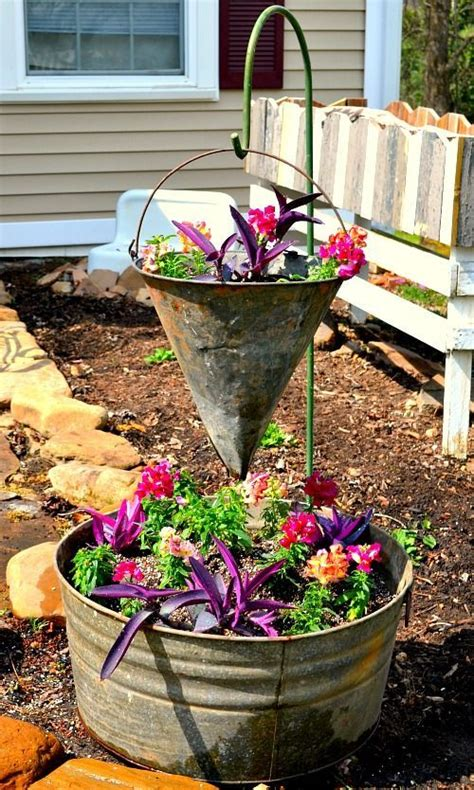 Vintage Container Gardening  Gardens, Creative And