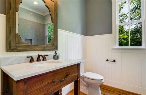 White Wainscoting Bathroom by Bathroom Wainscoting What It Is And How To Use It Obsigen