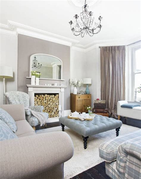 Be Inspired by This Sophisticated Apartment in a Victorian