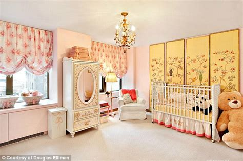 chambre bébé de luxe aniston buys a 9m nest in york and