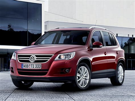 The 2021 volkswagen tiguan starts its pricing at $25,245, plus a $1,195 destination charge. 2010 Volkswagen Tiguan MPG, Price, Reviews & Photos ...
