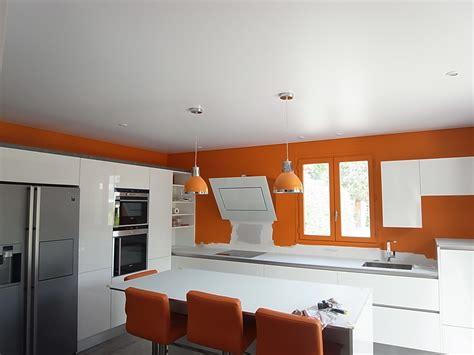 conseil peinture cuisine peinture plafond cuisine conseils pour peindre le plafond