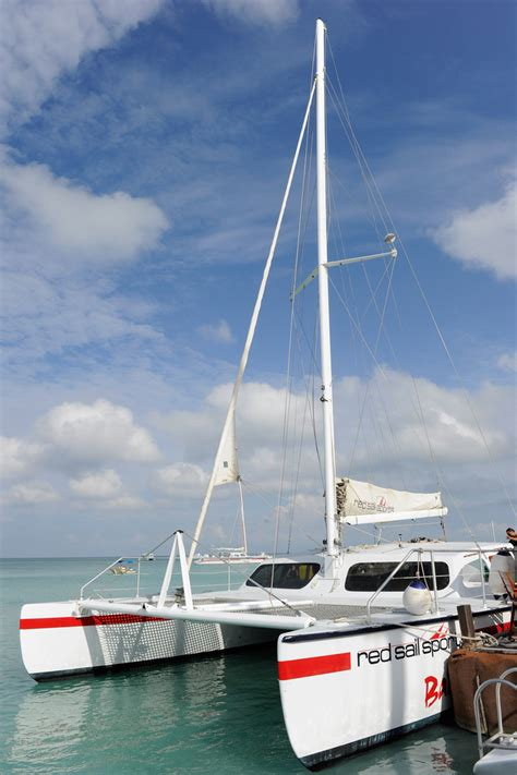aruba  style  ata catamaran  hosted  red
