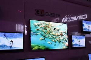Lg to bring 55 inch oled tv to market in 2012 slashgear for Report apple to market 55 oled television in 2012